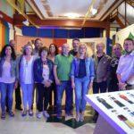 Los Moros y Cristianos invaden la Tourist Info de Petrer