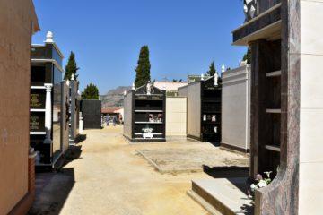L'Ajuntament de Petrer inverteix 40.000 euros per a continuar millorant el Cementeri Municipal