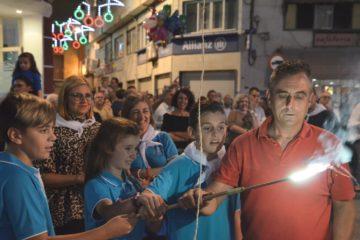 COCEMFE y el colegio Reina Sofía protagonistas de las Fiestas Patronales con el encendido de la mascletá y la traca
