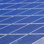 La concejalía de Hacienda informa de los trámites a seguir para reducir un 30% del IBI en las viviendas con placas solares
