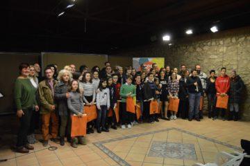 Catorce alumnos de primaria y dos de secundaria de Petrer obtienen el Premio Extraordinario a su expediente académico