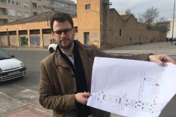 El Ayuntamiento llega a un acuerdo para que se  instale una superficie comercial en una parcela de 2.000 m² en la avenida Felipe V