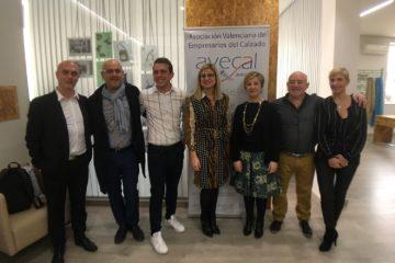 Avecal impulsa en Petrer la modernización de la marroquinería con el primer título de diseño y fabricación de la Comunidad Valenciana