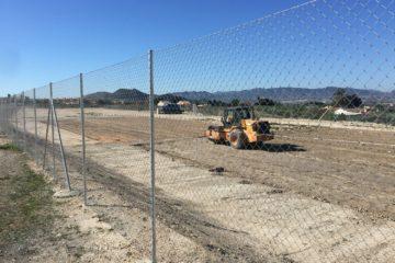 Comencen les obres de les dues pistes esportives a la zona on se situarà provisionalment l'Azorín