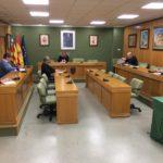Los grupos del Ayuntamiento de Petrer acuerdan incrementar al doble el presupuesto de ayudas de emergencia de Servicios Sociales