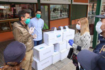 El comercio minorista y los mercados de Petrer recibirán mascarillas y pantallas protectoras en una acción conjunta de Hispanitas y el Ayuntamiento