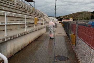 Petrer reabre las pistas de atletismo, tenis y petanca solo para deportistas federados y adoptando las máximas medidas de seguridad