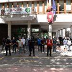 Petrer guarda un minuto de silencio en homenaje a las víctimas del coronavirus
