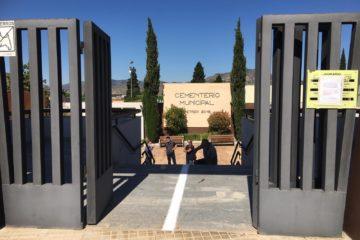 El cementerio de Petrer reabre mañana con medidas de seguridad y limitación de aforo