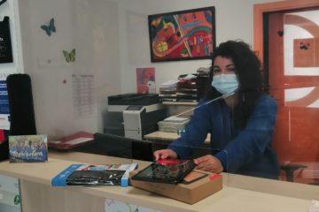 El Ayuntamiento de Petrer reparte 25 tablets con conexión a Internet a escolares de 5 y 6º de primaria en situación de vulnerabilidad