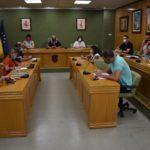 Petrer amplia la plantilla de su empresa municipal para intensificar la limpieza de los colegios públicos de Infantil y Primaria