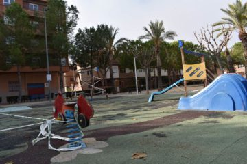 Petrer destina más de 100.000 euros para renovar varias áreas de juegos infantiles