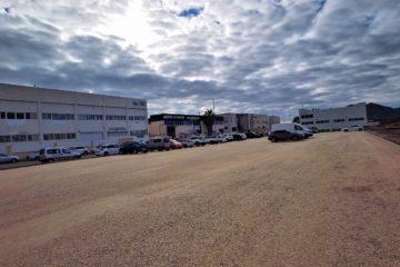 Petrer habilita un nuevo parking con capacidad para 100 vehículos en el polígono Salinetes