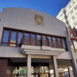 """Petrer aprueba los trámites para agilizar el Plan """"Resistir"""" que destinará 968.133 euros en ayudas directas a pymes y autónomos de la ciudad"""