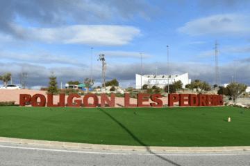 Petrer pretende convertir sus polígonos en las primeras áreas industriales con zonas verdes y de esparcimiento para los trabajadores de la comarca