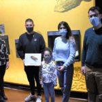 Una pareja halla un silbato de época andalusí en la rambla de Puça y lo dona al Museo