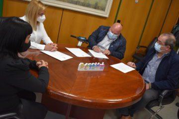 Amfi gestionarà el pàrquing del mercat de la Frontera i crea cinc llocs de treball