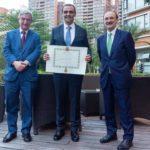 El empresario Javier Torá distinguido con la Cruz de Oficial de la Orden de Isabel la Católica por el Ministerio de Asuntos Exteriores
