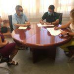 L'alcaldessa i el president de la UF firmen un conveni per al llibre del 75 aniversari dels Llauradors
