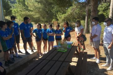 60 jóvenes participan desde hoy en un programa que promueve un ocio responsable y respetuosos con los parajes naturales