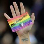 El Ayuntamiento de Petrer condena el ataque homófobo del pasado sábado a un joven de la población