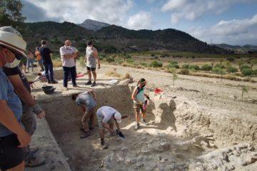 Los sondeos arqueológicos de Territorio Bitrir sacan a la luz los muros de una posible edificación de la Alquería de Puça