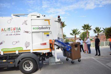 Petrer mejora el servicio de limpieza con nuevos camiones de recogida de residuos menos ruidosos y más sostenibles