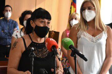 L'edil de Comerç i Mercats Mari Carmen García renuncia a l'acta de regidora per motius professionals